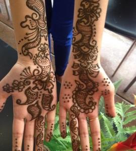 05-Sweet-Eyebrow-Threading-Henna-Tattoo-Tinting-Hair-Oil-Massage-Henna-for-Hair-UpTown-Dallas